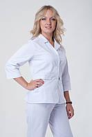 Женский медицинский костюм белый