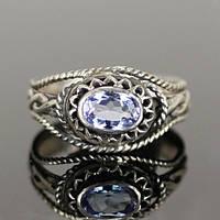 Серебряное кольцо с танзанитом от WickerRing