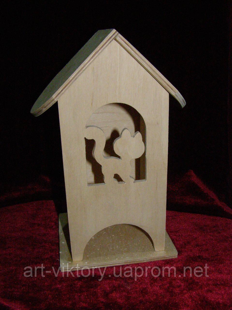 Деревянная коробка для чая кошка в арке (10 х 10 х 23 см)