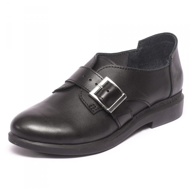 Туфли на пряжках 8310