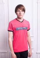 Удобная мужская летняя футболка однотон с надписью  Малиновая