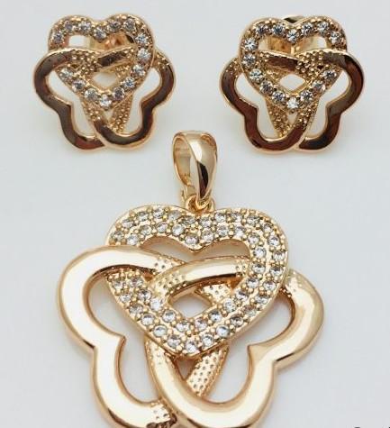 Набор Сплетенные сердца, серьги гвоздики+ кулон