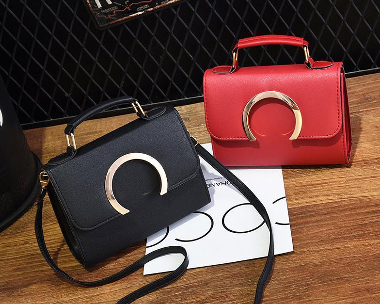 Элегантная сумка сундук с модным дизайном