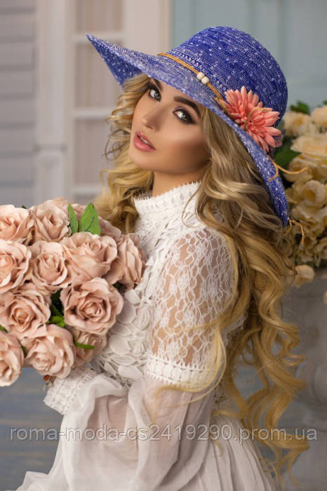 Ажурная шляпа с цветами 1819