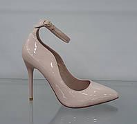 Туфли женские бежевые на каблуке
