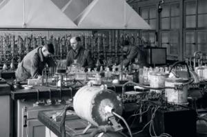 Історія розвитку хімічної промисловості України.