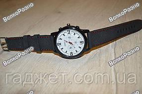 Мужские спортивные часы Geneva с белым циферблатом