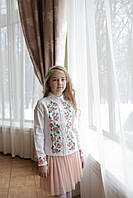 Блуза для девочки с воротничком льняная с вышивкой Розы 128