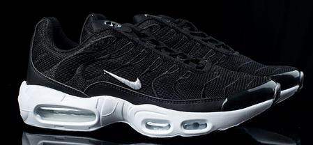 Мужские кроссовки Nike Air TN+ черные  топ реплика , фото 2