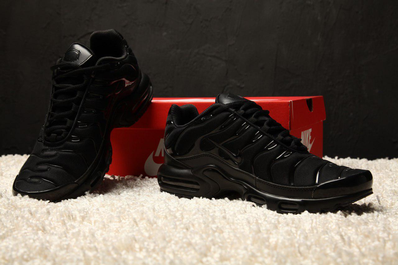ea03d2b9 Мужские спортивные кроссовки Nike Air Max Tn+ Hyper Black (найк тн плюс,  реплика) (реплика)