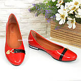 Туфли женские лаковые красного цвета на низком ходу, фото 3