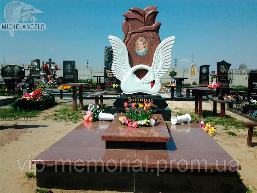 Памятник женщине Ж-438