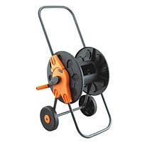 Візок (3501) для поливального шланга вміщує від 30 до 60 метрів шлангу діаметром 1/2, 5/8-і 3/4 дюйма