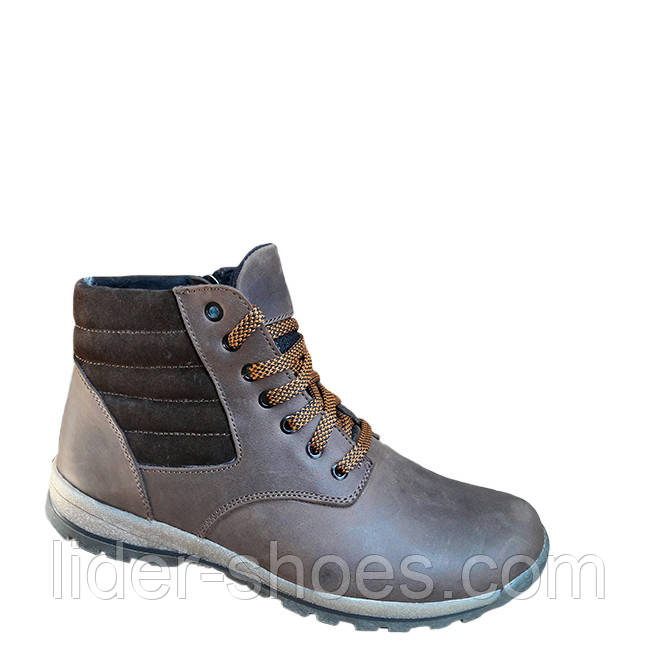 Подростковые ботинки коричневого цвета