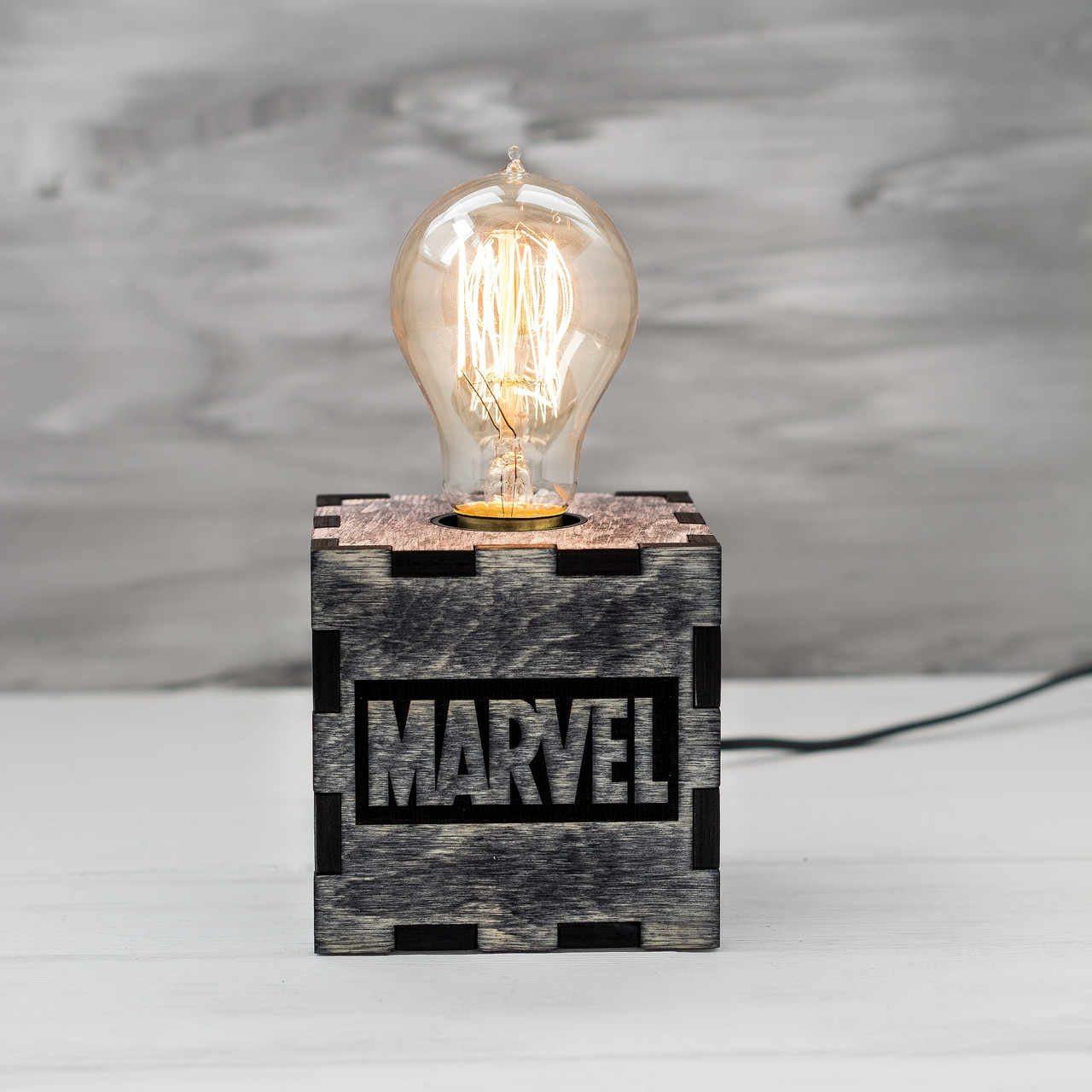 Светильник ручной работы, отличный подарок (Marvel)