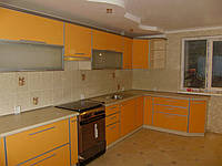 Оранжевая кухня в С-профиле, фото 1