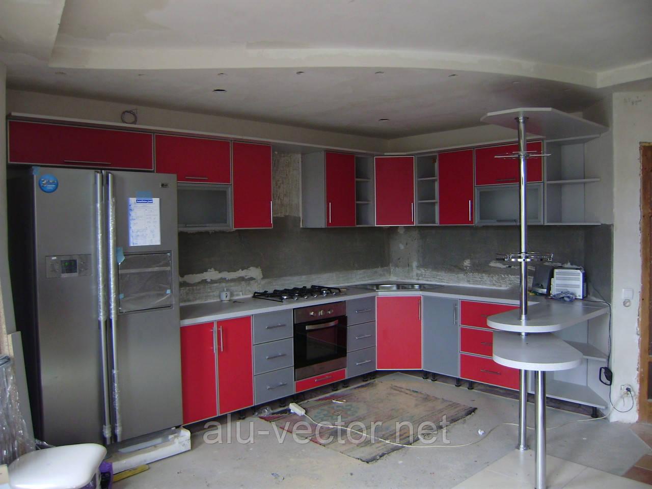 Красная кухня в С-профиле
