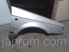 Крыло переднее правое Mazda 323 BF  1987-1991г.в. купе серебро