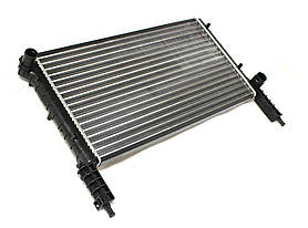 Радиатор охлаждения Fiat Doblo 2001- (1.2-1.6) 580*318мм по сотах KEMP