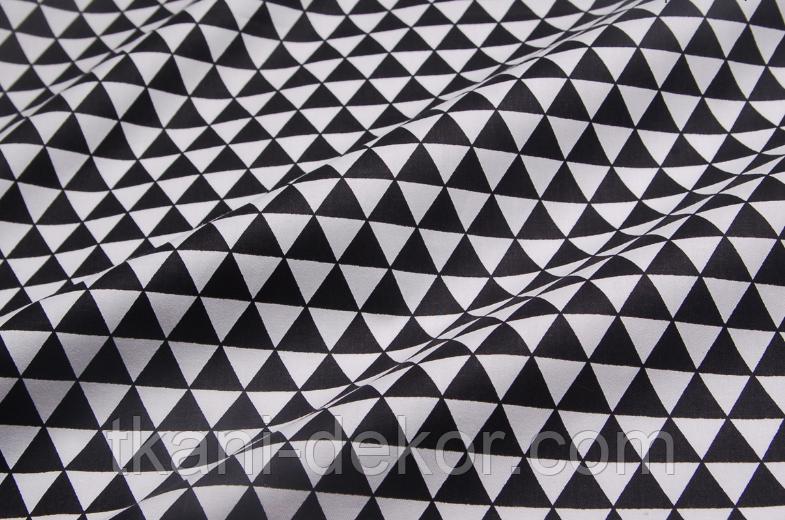 Сатин (хлопковая ткань) черные треугольники
