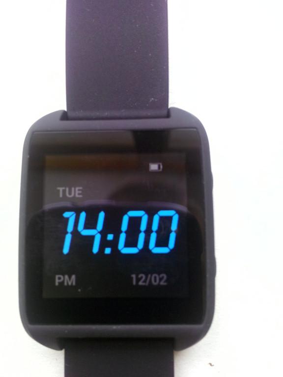 Фотообзор умных часов SmartQ Z