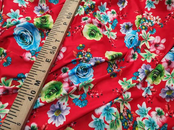 Микромасло трикотаж принт цветы на красном, фото 2