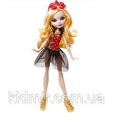 Кукла Ever After High Эппл Уайт (Apple White) из серии Mirror Beach Школа Долго и Счастливо