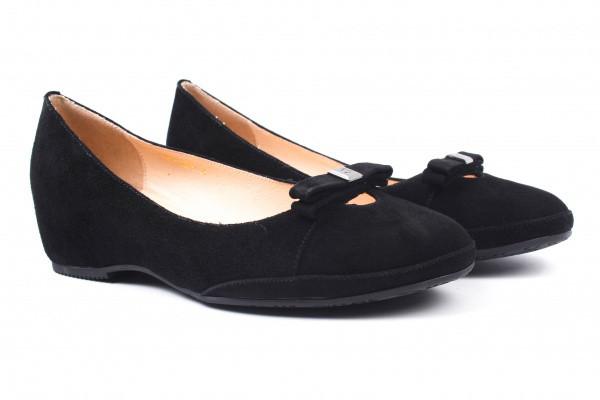 Туфли женские на низком ходу из натуральной замши, черные Belorddini (40р.)