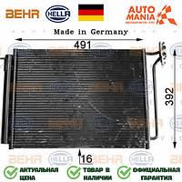 Радиатор кондиционера на БМВ Х5, конденцер для BMW X5  Behr Hella   8FC351300631