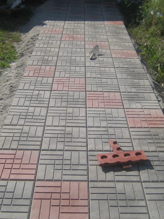 Укладка  полимер-песчаной тротуарной плитки 2