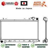 Радиатор на Субару Форестер, радиатор двигателя для Subaru Forester  Sakura   34211013