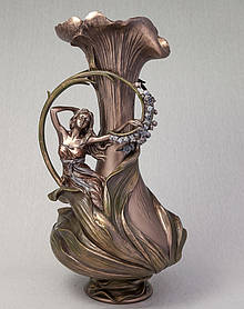 Ваза Veronese Девушка в гиацинтах 39 см (10162V4)