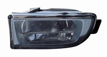Фара противотуманка левая передняя BMW 7 E38