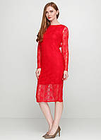 Красное гипюровое платье с открытой спиной и длинным рукавом