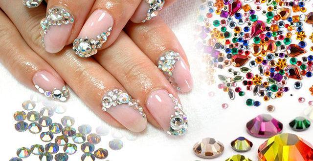 Камни и стразы для дизайна ногтей