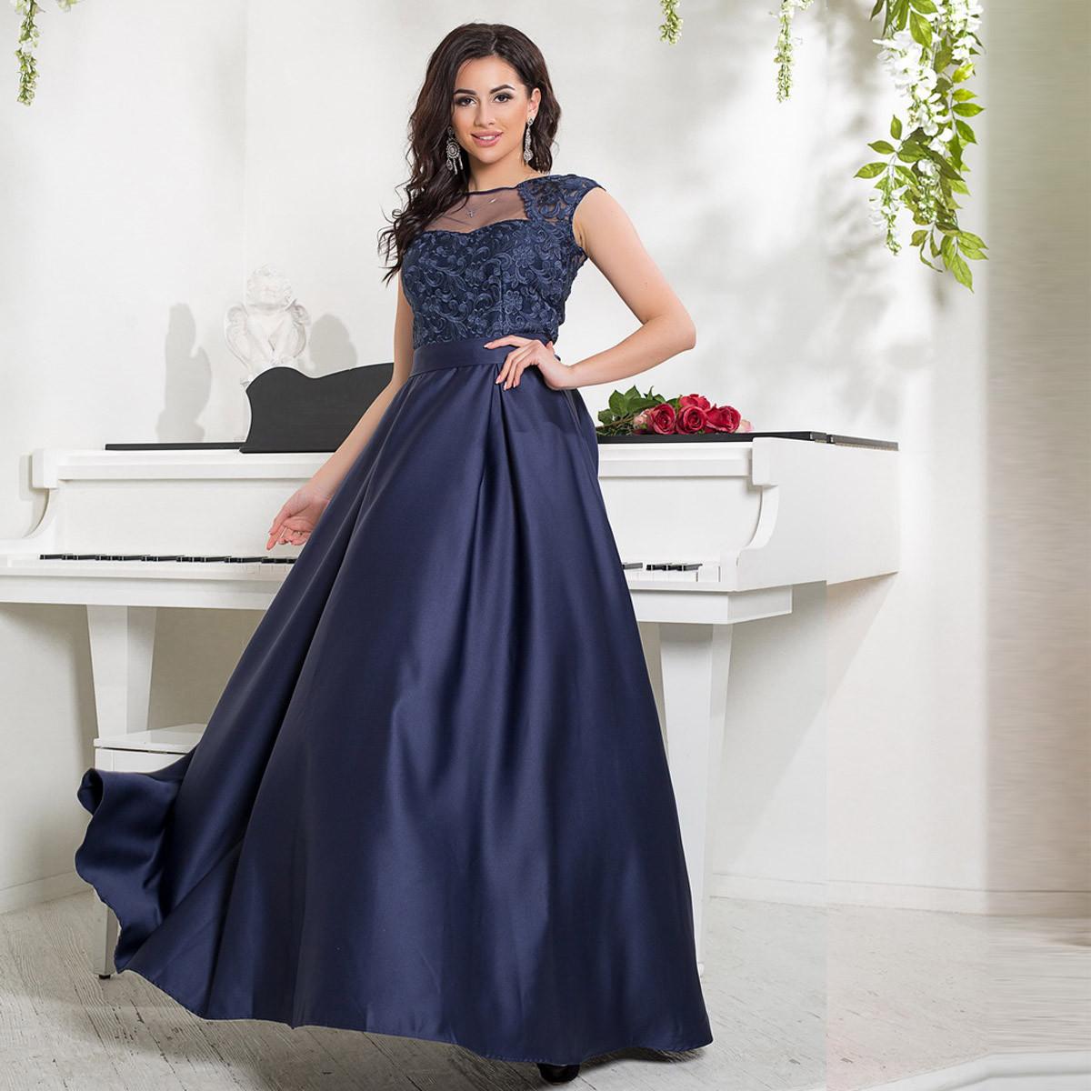 dd0af765043 Атласное длинное выпускное синее платье с ажурным верхом