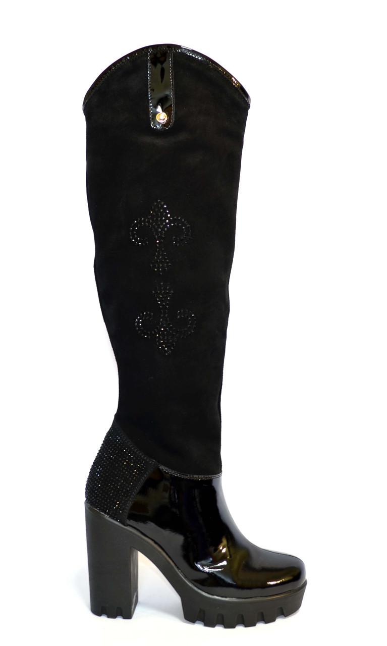 Женские  зимние сапоги на высоком каблуке, натуральный лак и замша