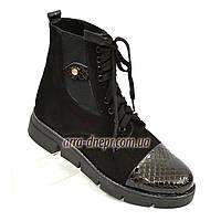 Стильные женские демисезонные ботинки на шнуровке, черный замш, фото 1