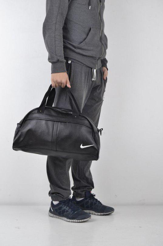Спортивна сумка Nike Nike з екошкіри чорна з білою піктограмою (репліка)