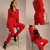 Женский брючный костюм красного цвета Vill Chill