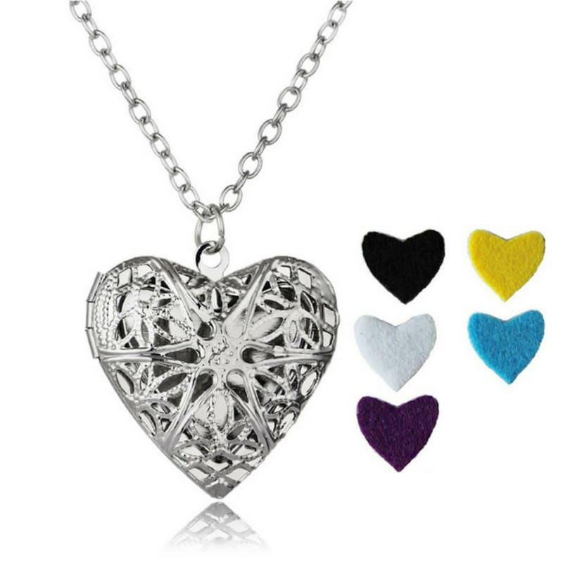 Аромамедальон сердце серебристого цвета для аромамасел и любимых духов