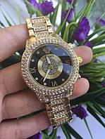Кварцевые наручные часы versace