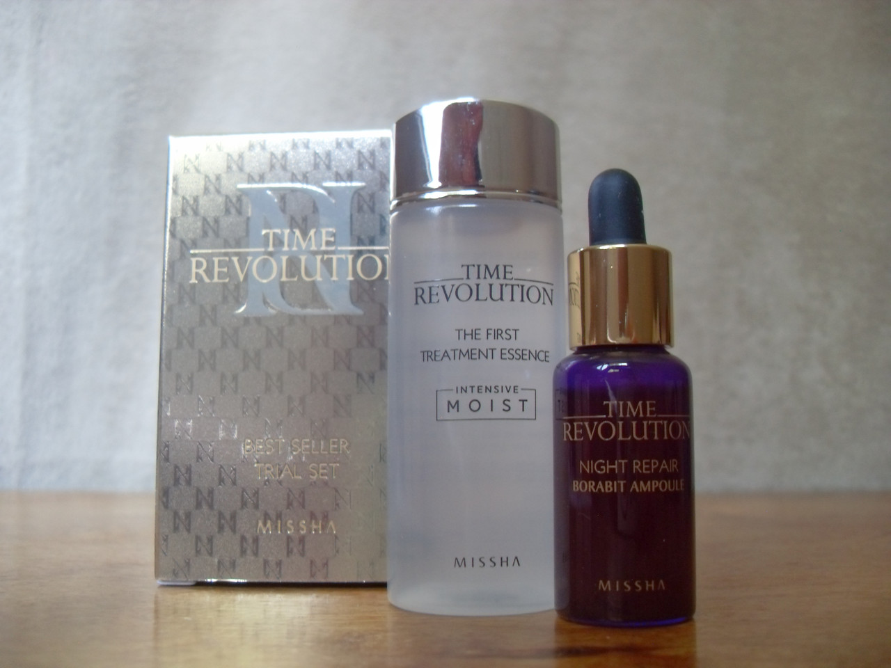 Missha Time Revolution Night Repair New Science Activator Ampoule The First Treatment Essence Intensive Moist