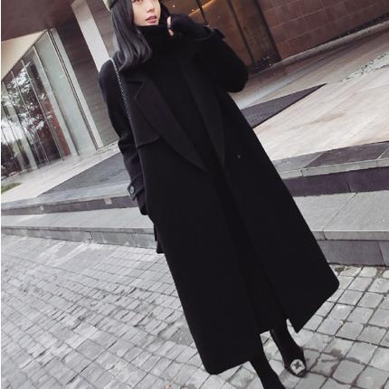 Женское осеннее пальто. Модель 1978