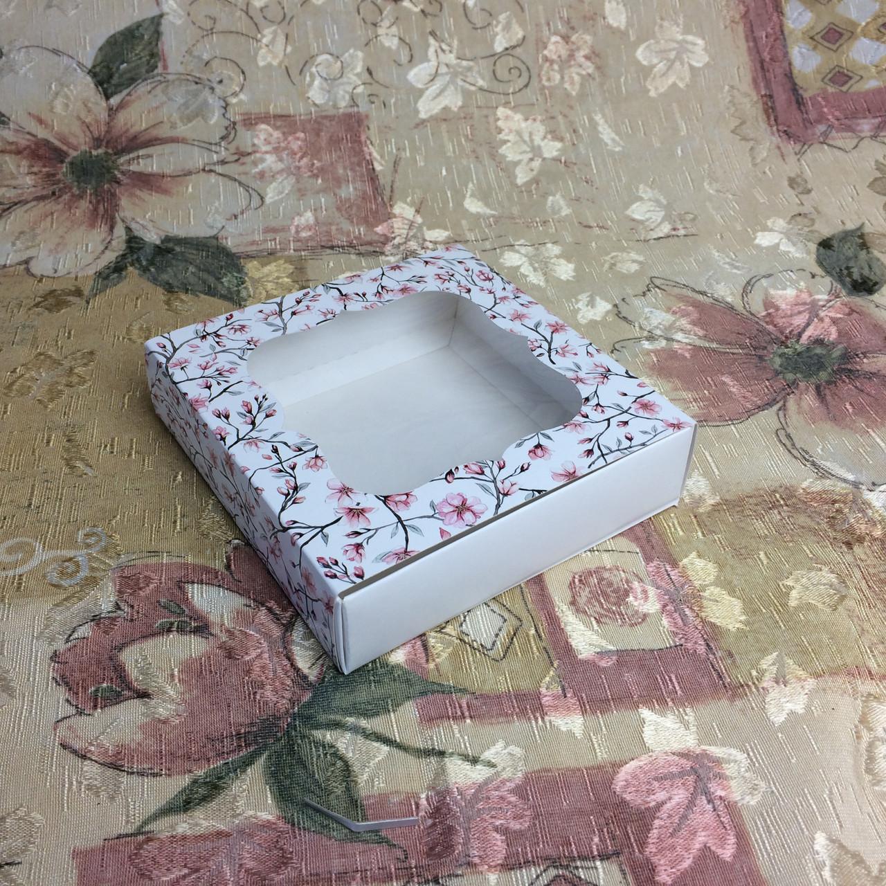 Коробка для пряников / 120х120х30 мм / печать-Сакур / окно-обычн / лк / цв