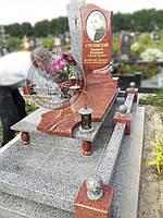Памятник из гранита с овальной керамикой № 9