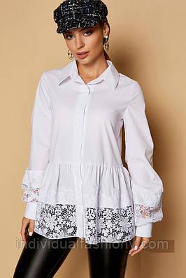 Блуза с кружевной оборкой