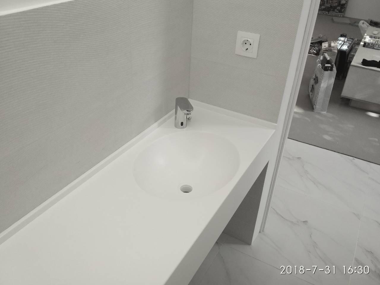 Столешница в ванную с мойками из акрила LG S034