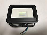 Светодиодный прожектор со встроенным датчиком движения PREMIUM SLS16-20 20W 6500K IP65 Код.59338