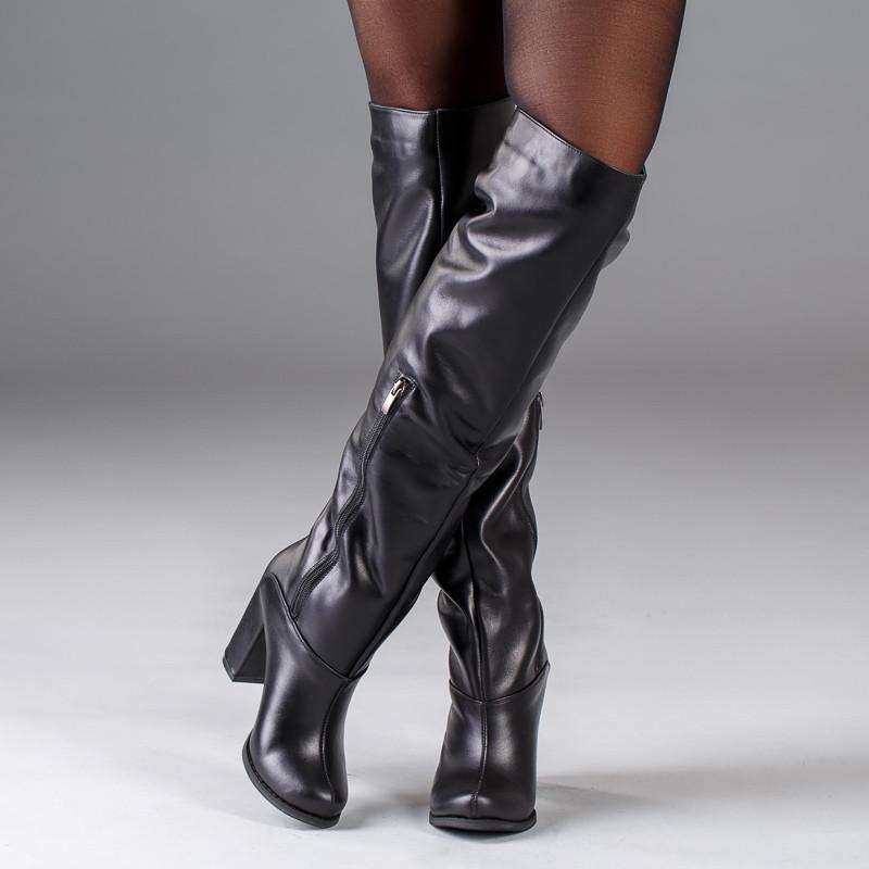 Женские сапоги черные кожаные на каблуке. Индивидуальный пошив. Цвет на выбор